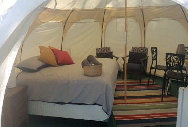 Accommodates 2 adults and up to 2 children in our gl&ing tent with a king and extra beds. The tents are warm and cosy and extra blankets are available & Perth Central Caravan Park | Perthu0027s Only Central Caravan Park
